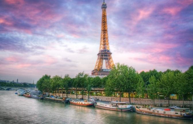 PARIS PINTA BIEN